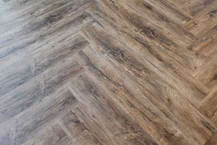 polyflor affinity 255 flamed chestnut